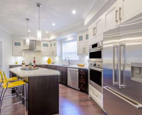 Summer Kitchen - Stainless Steel Appliances