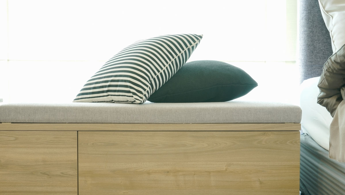 Daybed with cabinets - Nonn's
