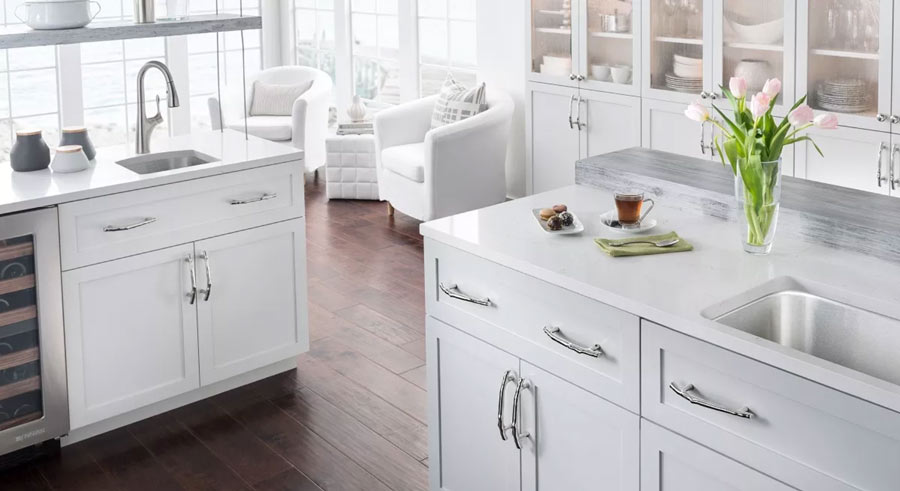Cozy Kitchen - Top Knobs Cabinetry