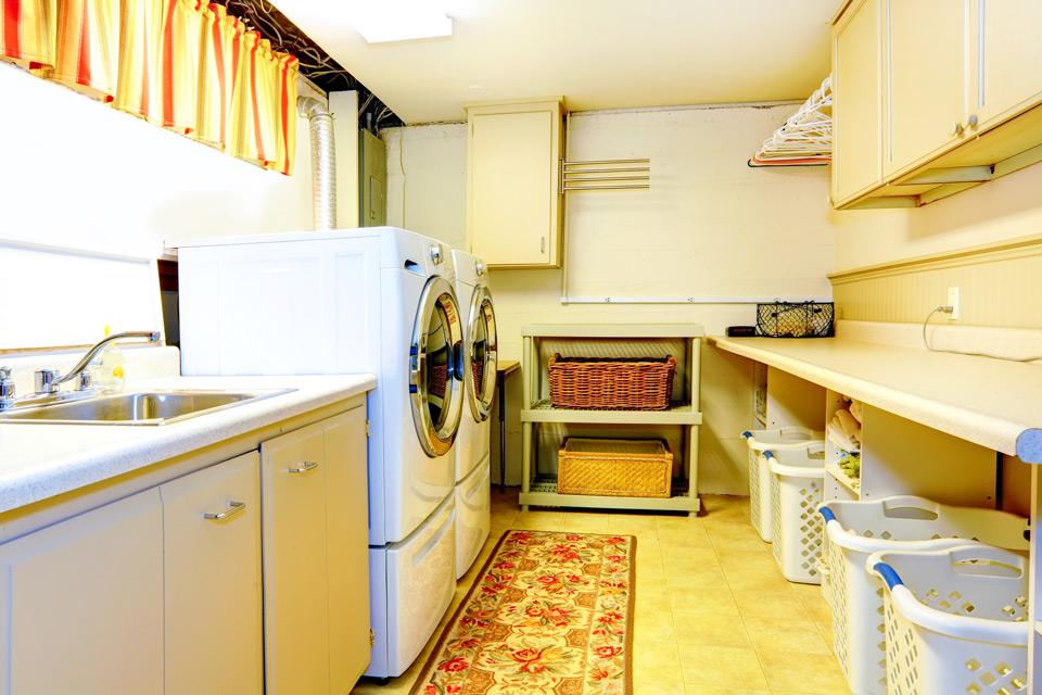 Laundry Room Design in Waukesha, WI